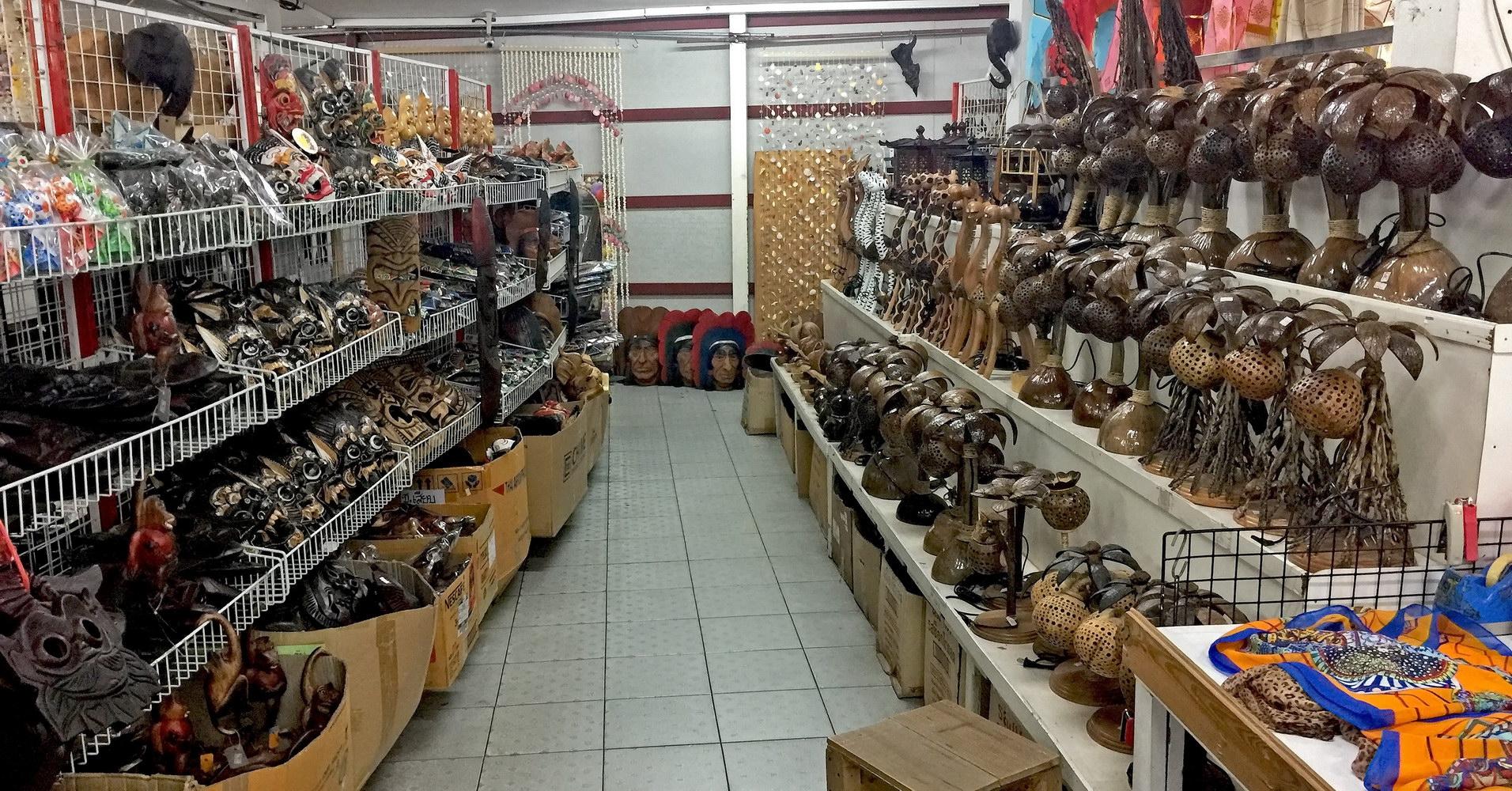 Thailändisches Kunsthandwerk und Geschenke in grosser Auswahl und preiswert