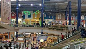 Central Marina erstreckt sich über 3 Etage