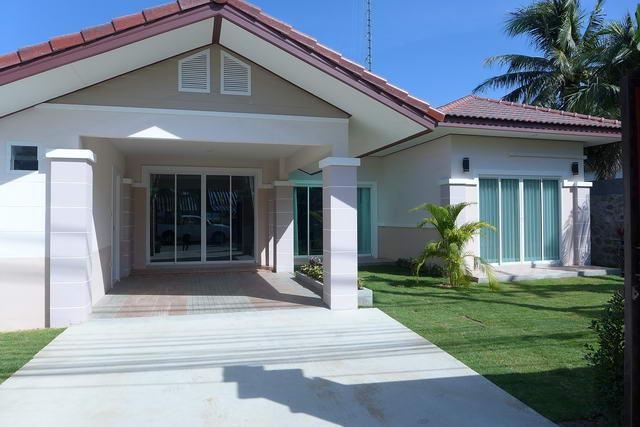 Neubau - Erstbezug : Freisehendes Einfamilienhaus - Pattaya - Huay Yai - Jomtien