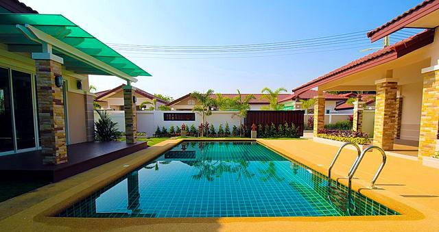 Haus Neubau mit Swimmingpool in Huay Yai - Bliss 3