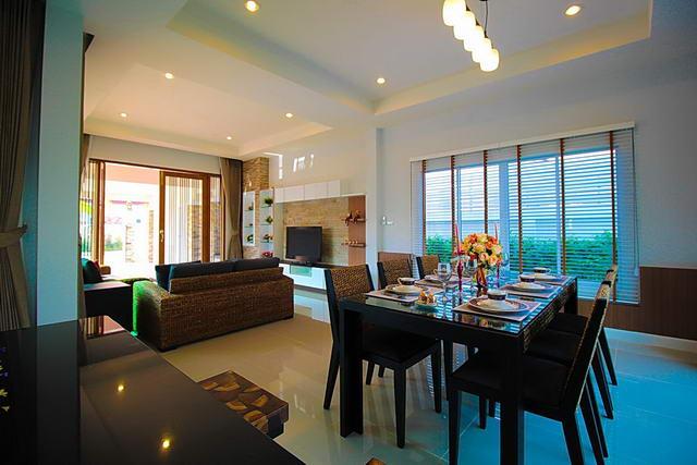 Offener Wohnraum mit Essbereich - Neubau im Bliss 3