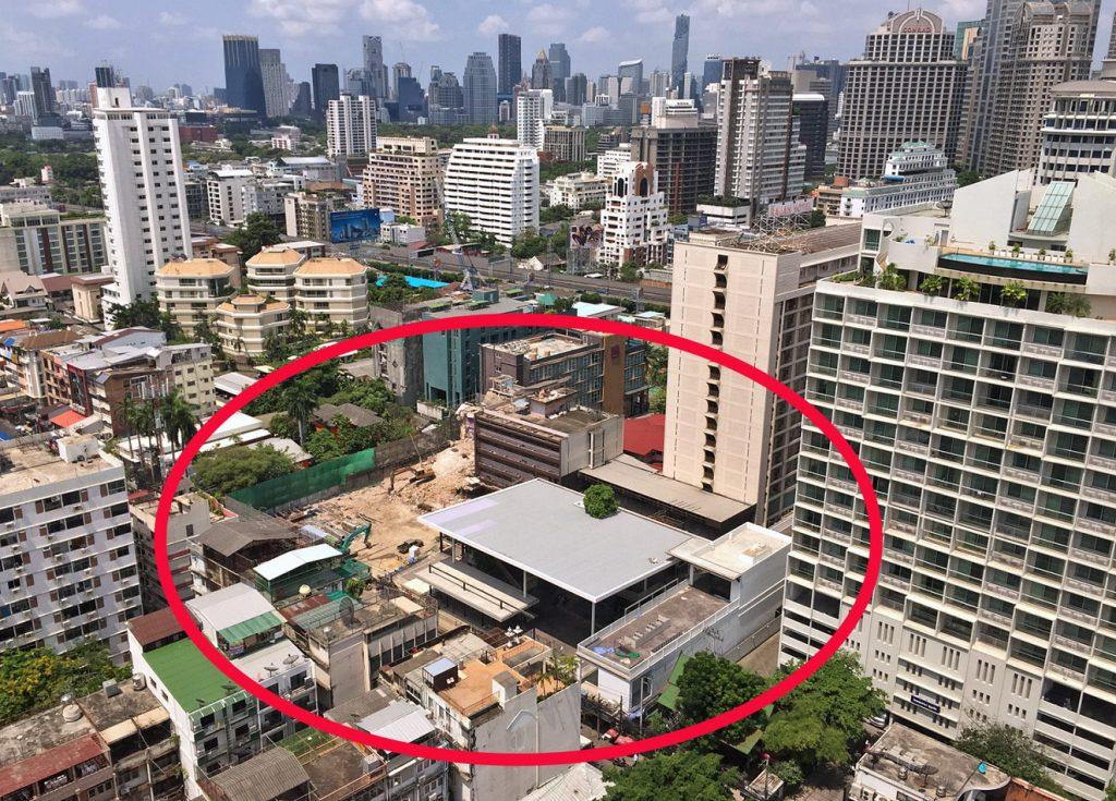 Neuer Nana Plaza vor dem Rajah Hotel Bangkok