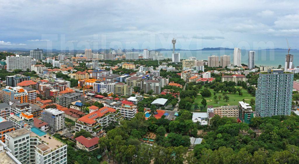 Panoramafoto Blick von Peak Towers Richtung Süden nach Jomtien