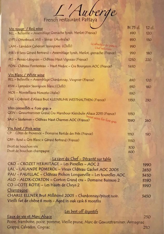 Weinkarte mit Preisen Restaurant Pattaya