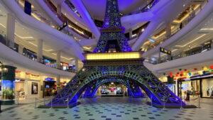 Eifelturm im Terminal 21 pattaya Einkaufszentrum